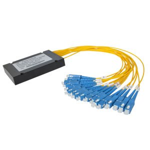 PLC PON FTTX splitter 1260-1650nm, 1x4, vlákna 2mm 1,5m, G657A1, SC/PC, max. I/L 7,9dB, R/L 55dB, ABS box 100x80x10mm